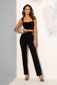 Черный трикотажный костюм с коротким топом и брюками с боковыми вырезами 3129
