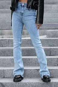 Голубые расклешенные джинсы с высокой посадкой 0776