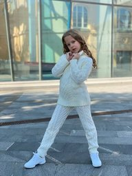 купить вязанный детский костюм