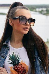 Квадратные солнцезащитные очки 1378.4137